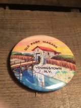 OLD FORT NIAGARA YOUNGS TOWN N.Y. CAN BADGE