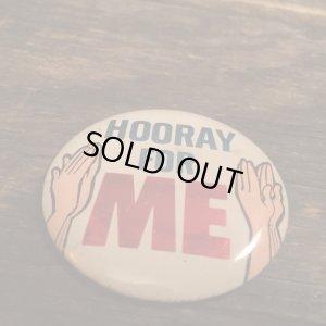 画像1: HOORAY FOR ME Tin Badge