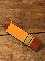 Vintage AVON badge ビンテージ エイボン エンピツヘアピン バッジ 70年代 ヴィンテージ