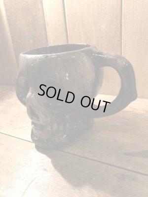陶器製のスカルのヴィンテージマグカップ