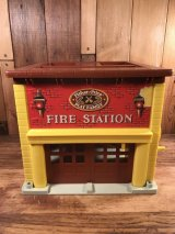 Fisher-Price Little People Play Family Fire Station リトルピープル ビンテージ プレイハウス フィッシャープライス 70年代
