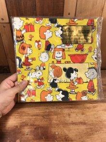 他の写真3: Hallmark Peanuts Snoopy All Occasion Gift Wrap スヌーピー ビンテージ ラッピングペーパー ピーナッツギャング 70年代