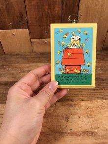 """他の写真1: Hallmark Peanuts Snoopy """"With Good Friends..."""" Wood Wall Hanging スヌーピー ビンテージ 壁掛け ウッドストック 70〜80年代"""