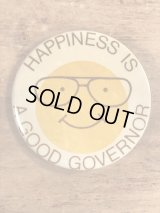 """Smile Face """"Happiness Is A Good Governor"""" Pinback スマイル ビンテージ 缶バッジ 選挙 缶バッチ 80年代"""