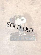 "Aviva Peanuts Snoopy ""Alpine Meadows"" Metal Badge スヌーピー ビンテージ ピンバッジ 70〜80年代"