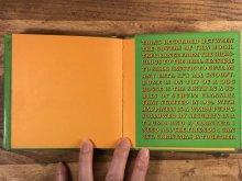 """他の写真2: Peanuts Snoopy """"Home Is On Top Of A Dog House"""" Picture Book スヌーピー ビンテージ 絵本 ピクチャーブック 60〜70年代"""