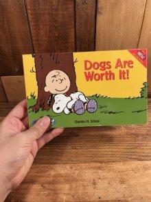"""他の写真3: Peanuts Snoopy """"Dogs Are Worth It!"""" Comic Book スヌーピー ビンテージ コミックブック 90年代"""