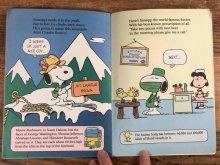 """他の写真2: Peanuts """"Snoopy Does It All!"""" Picture Book スヌーピー ビンテージ 絵本 80年代"""