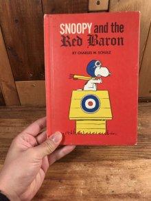 """他の写真3: Peanuts """"Snoopy and the Red Baron"""" Picture Book スヌーピー ビンテージ 絵本 フライングエース 60年代"""