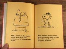 """他の写真1: Peanuts """"Snoopy and the Red Baron"""" Picture Book スヌーピー ビンテージ 絵本 フライングエース 60年代"""
