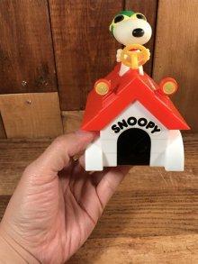"""他の写真3: Aviva Peanuts Snoopy """"Dog House"""" Motorized Car Toy スヌーピー ビンテージ カートイ フライングエース 70年代"""