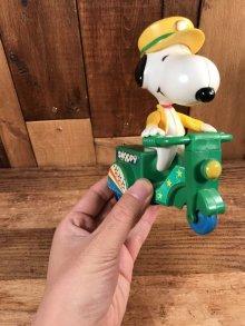 他の写真3: Aviva Peanuts Snoopy Friction Wheelie Toy スヌーピー ビンテージ スクータートイ 80年代