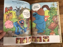 他の写真1: The Sesame Street Treasury Book No.5  セサミストリート ビンテージ 絵本 ピクチャーブック 80年代